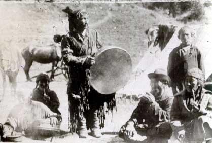 chamane tambour et chevaux